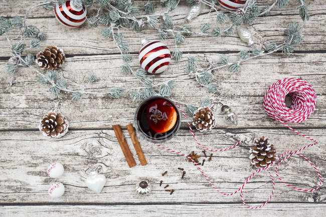Mulled wine and christmas decoration, view from above — Stock Photo