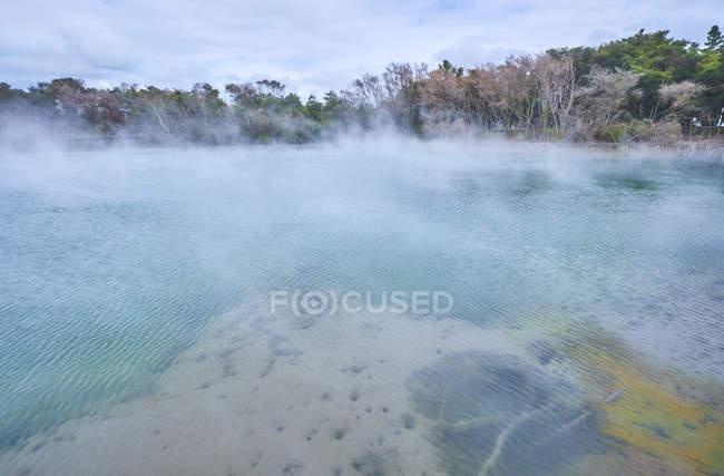 New Zealand, North Island, Rotorua, Thermal Lake — Stock Photo