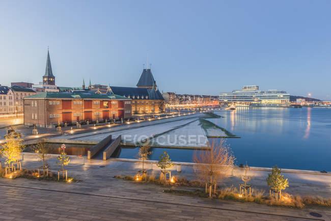 Denmark, Aarhus, view to harbour, custom house and Navitas — Stock Photo