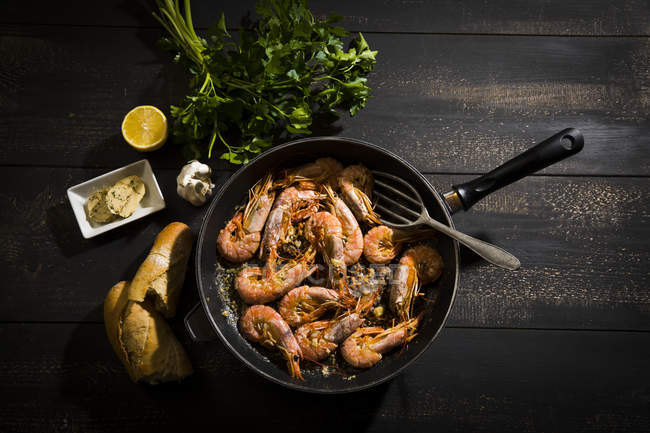 Argentine red shrimps in pan — Stock Photo