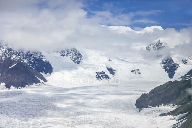USA, Alaska, Aerial view of Ruth Glacier and Denali — Stock Photo