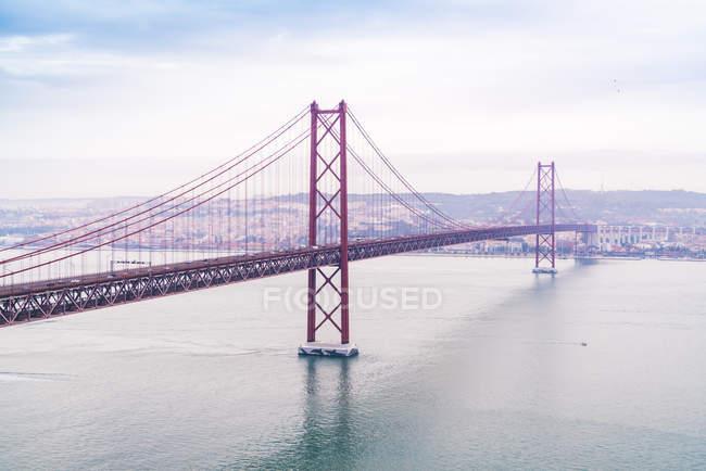 Portugal, Lisbon, aerial view of Ponte 25 de Abril — Stock Photo