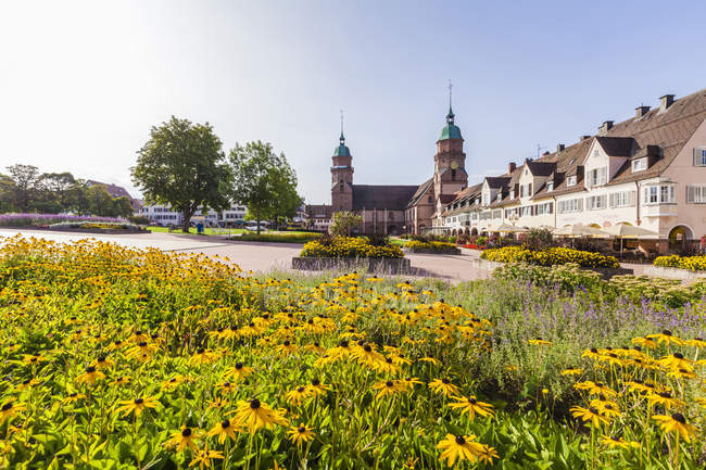 Germany, Baden-Wurttemberg, Black Forest, Freudenstadt, Lower marketplace and parish church — стокове фото