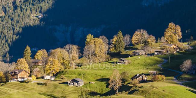 Швейцария, Берн, Берн, Берн, дома в горах — стоковое фото