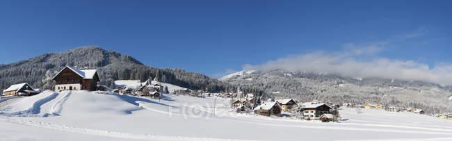 Austria, Upper Austria, Salzkammergut, Gosau, Ski area Dachstein-West — Stock Photo