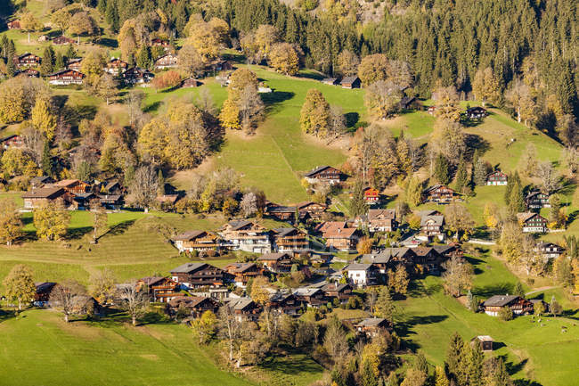 Switzerland, Bern, Bernese Oberland, holiday resort — Fotografia de Stock