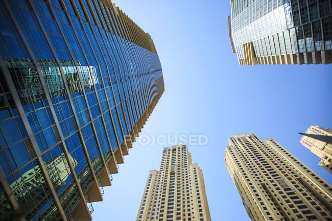 United Arab Emirates, Dubai, office towers  at daytime — стоковое фото