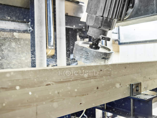 Wood production, milling machine and wooden panel — Stockfoto