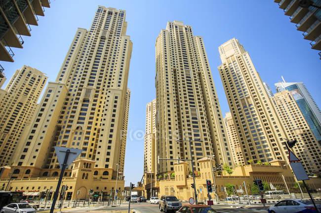 Объединенные Арабские Эмираты, Дубай, Городской пейзаж в дневное время — стоковое фото