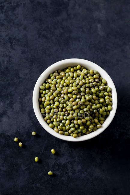 Top view of Bowl of mung beans — Stock Photo