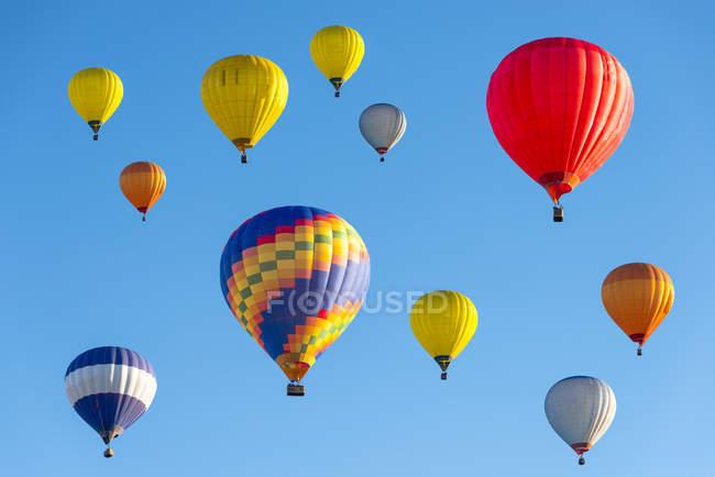 Lithuania, Vilnius, Hot air balloons — Stock Photo