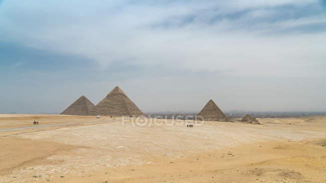 Egypt, Giza, Giza pyramid complex — Stock Photo