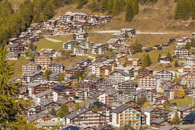 Switzerland, Valais, Zermatt, townscape, holiday homes — Fotografia de Stock