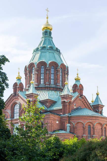 Finland, Helsinki, Uspenski Cathedral  at daytime — Stock Photo