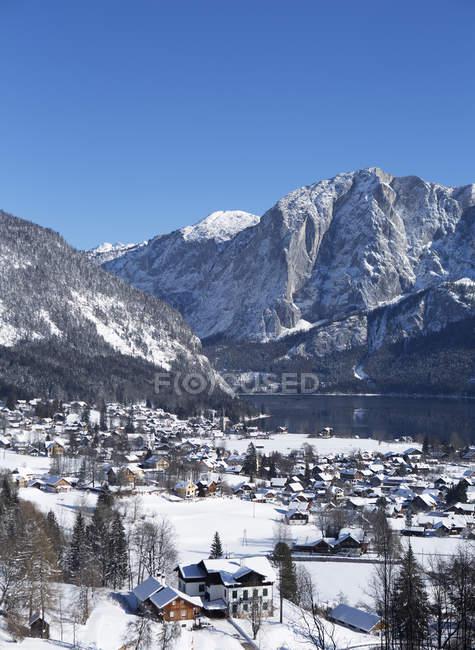 Austria, Styria, Salzkammergut, Altaussee, Altausseer See, Trisselwand - foto de stock