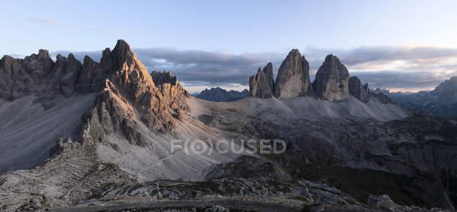 Italien, sexten dolomiten, tre cime di lavaredo, naturpark tre cime — Stockfoto