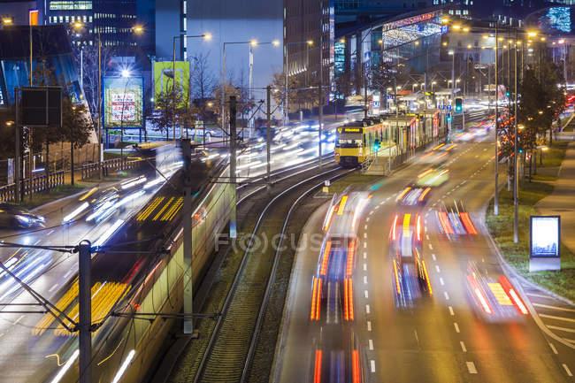Германия, Мюнхен, Озил, движение вечером — стоковое фото