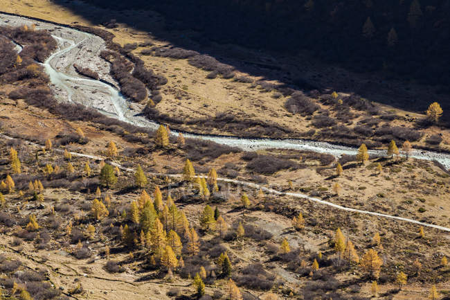 Switzerland, Valais, Gletsch, Rhone river in autumn — Fotografia de Stock