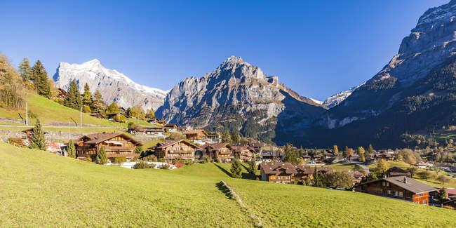 Schweiz, Bern, Berner Oberland, Ferienort Grindelwald, Wetterhorn, Schreckhorn, Eiger — Stockfoto