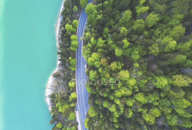Aerial view of road at Sylvenstein Dam — стоковое фото