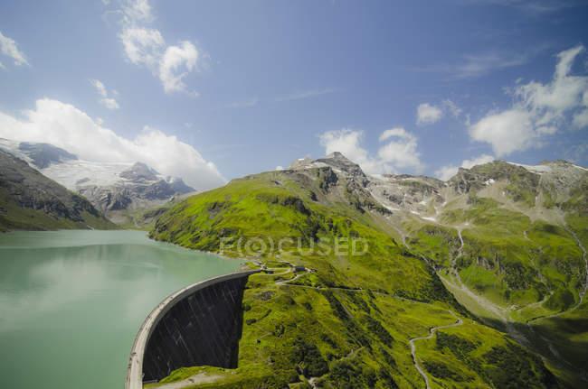 Autriche, Kaprun, barrage Mooserboden avec mur de barrage Drossensperre — Photo de stock