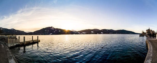 Germany, Bavaria, Tegernsee at sunset — Stock Photo