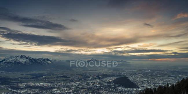 Austria, Salzburg, cityscape as seen from Moenchsberg — стокове фото