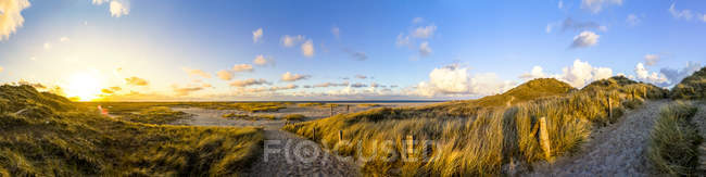 Germany, Schleswig-Holstein, Sylt, Wenningstedt at the sunset — Stockfoto