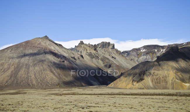 Iceland, South of Iceland, mountains at daytime — Fotografia de Stock
