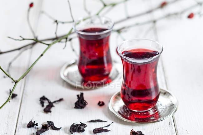 Hollyhock tea in tea glasses — Stock Photo