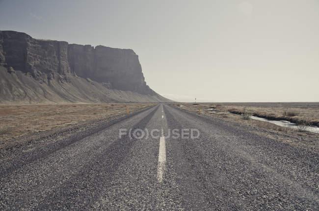 Ісландія, південь Ісландії, порожня гравійні дорога, Кільцева дорога — стокове фото