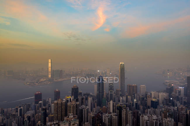 China, Hong Kong, skyline in the evening — Stock Photo