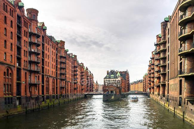 Germania, Amburgo, Speicherstadt, castello acquatico — Foto stock
