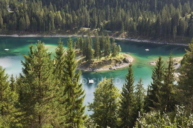 Suisse, Grisons, Lac Cauma à Flims, Lac Alpin — Photo de stock