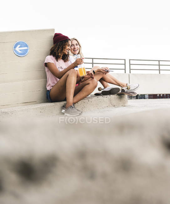 Best friends having fun together — Stock Photo