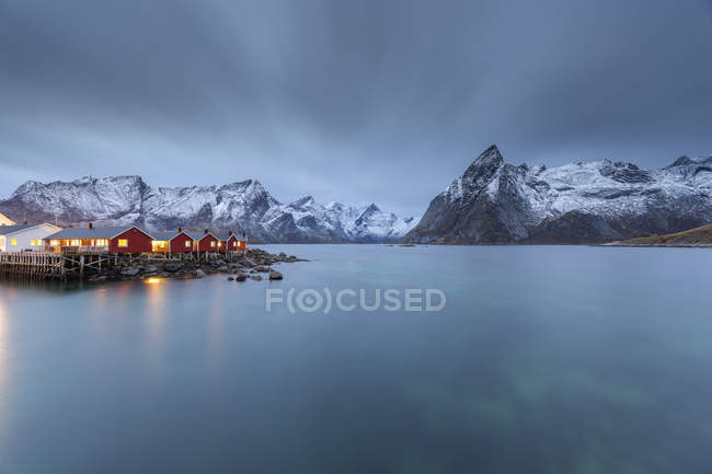 Norvège, Lofoten, Hamnoy au soir — Photo de stock