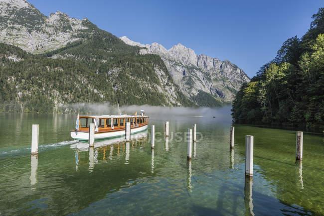 Germany, Bavaria, Berchtesgaden Alps, Lake Obersee, ferry — Stock Photo