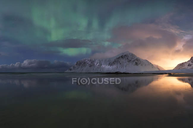 Norvège, Lofoten, Vareid, Flakstad, Utakleiv — Photo de stock