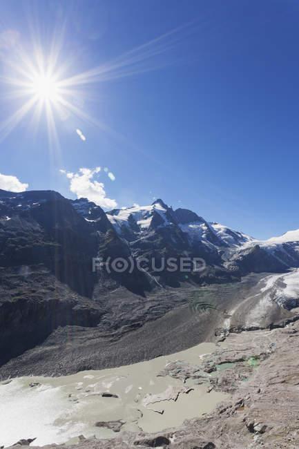 Autriche, Carinthie, High Tauern National Park, Grossglockner peak, Pasterze glacier et Johannisberg — Photo de stock