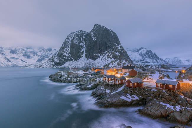 Norvège, Lofoten, Hamnoy dans la soirée — Photo de stock