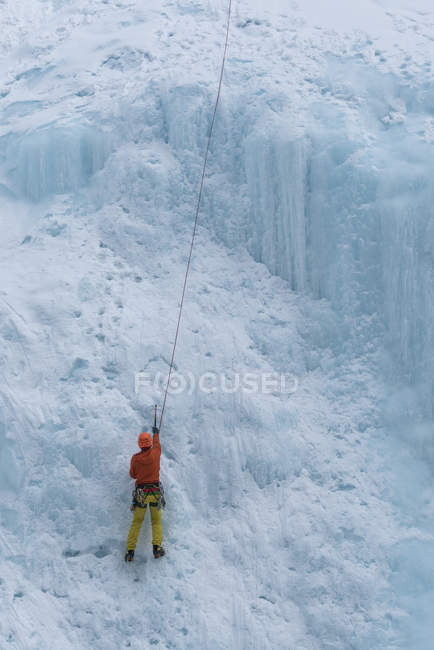 Canada, Banff National Park, ice climber — Stock Photo