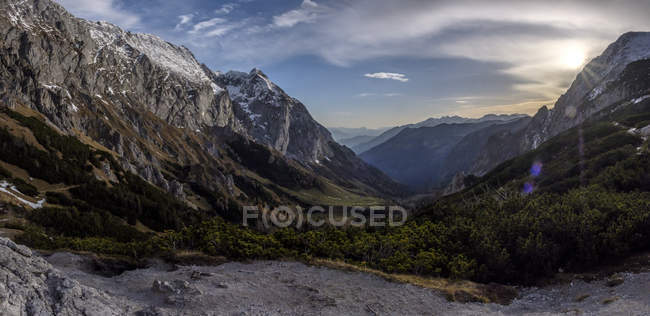 Germany, Bavaria, Berchtesgaden Alps, Panoramic view of Schneibstein at sunset — стоковое фото