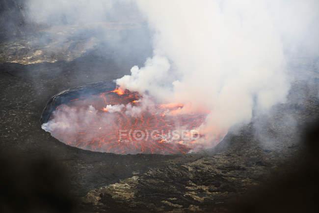 Africa, Democratic Republic of Congo, Virunga National Park, Nyiragongo volcano — Stock Photo