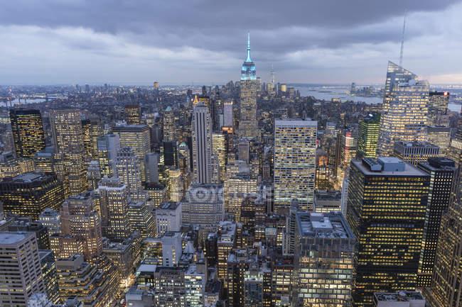 EUA, Nova Iorque, Manhattan, paisagem urbana vista da plataforma de observação Top of the Rock — Fotografia de Stock