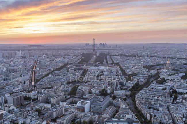France, Paris, City view at sunset — Stock Photo