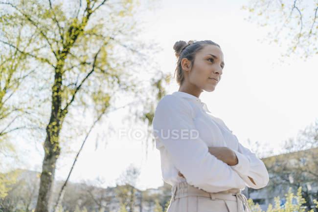 Pretty businesswoman in the city, portrait — Stock Photo