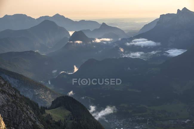 Austria, Salzburg State, Loferer Steinberge, mountainscape at twilight — стокове фото