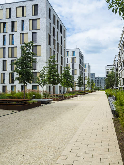 Germany, Hesse, Offenbach, modern architecture at harbor area — Stock Photo