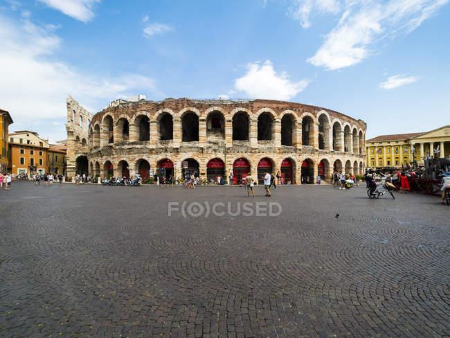 Italy, Verona, Arena di Verona, Piazza Bra - foto de stock