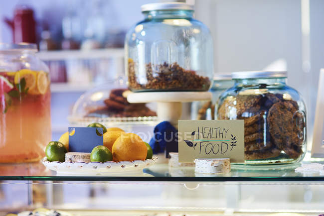 Здоровое питание в кафе — стоковое фото